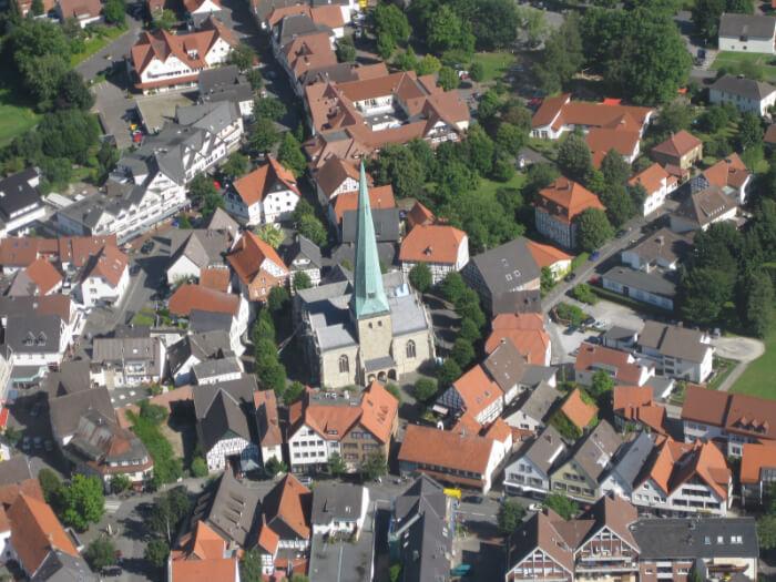 Delbrück - historischer Kirchplatz